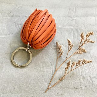 KAKU leather design leather tassel key ring orange
