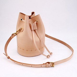 [Cut line] bucket bag pure hand sewn tanned leather leather ladies shoulder bag carved shoulder bag round bottom