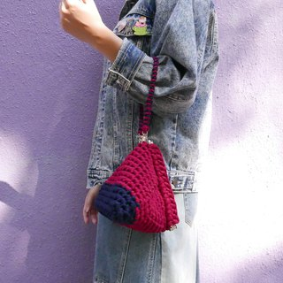 Duo Color Triangle Handbag, crochet, knit, handmade (Navy/ Red)