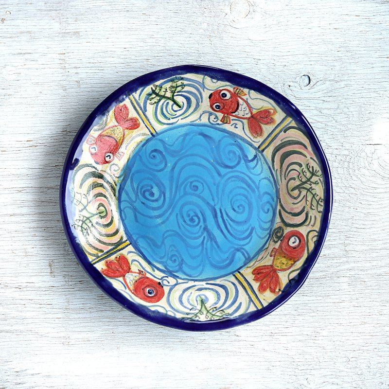 Round bowl of blue goldfish picture fun-blue