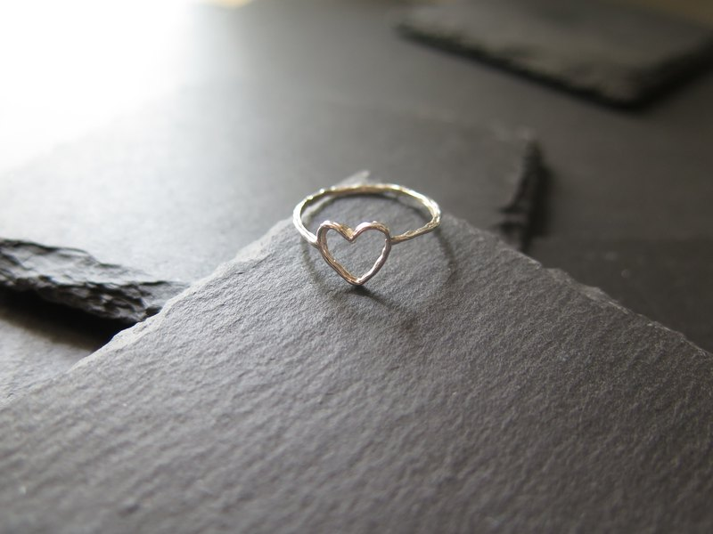 único Series - Heart Shape  (925 Sterling Silver Ring)