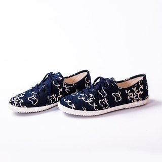 Bicycle Day | Blue Bamboo Flower Shoes. Japanese Classic House Pattern. Animal Department. Lace color random