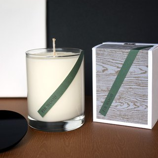 Woody and Scented │ Steps Green Cedar Pure Plant Soy Wax Oil Candle