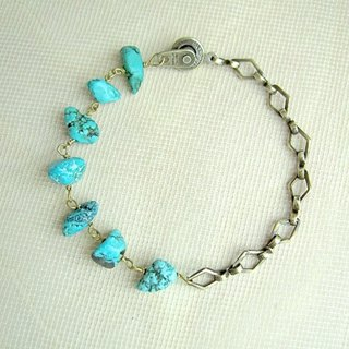 Turquoise and diamond-shaped bracelet