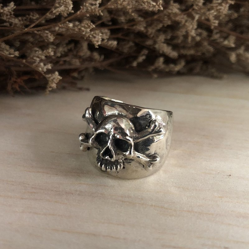 Pirate Ring Mexican Biker sterling silver Vintage skull crossbones Caribbean 925