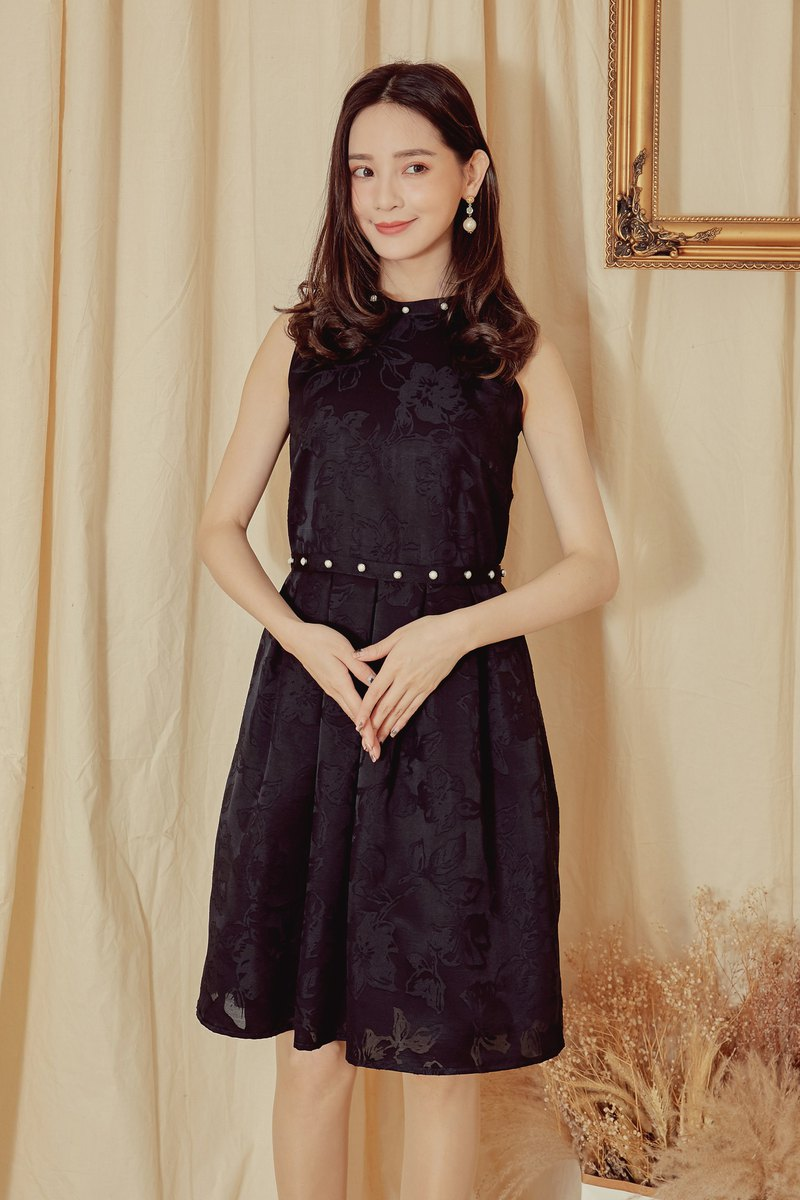 MIT Romantic Court Flower Pearl Dress (R6052E)