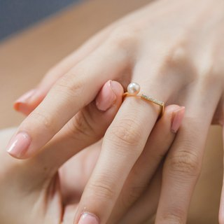 Natural pearl ring - Nearness