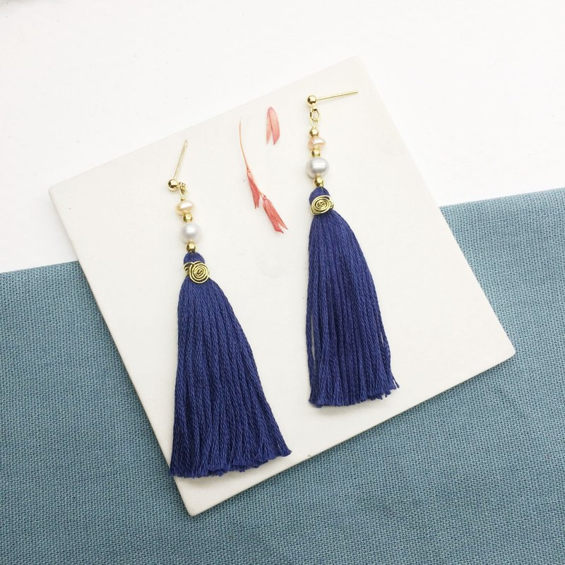 Laolin groceries l Japanese embroidery thread for tassels - Shanghai pearls treasure blue ear hook l ear pin l ear clip