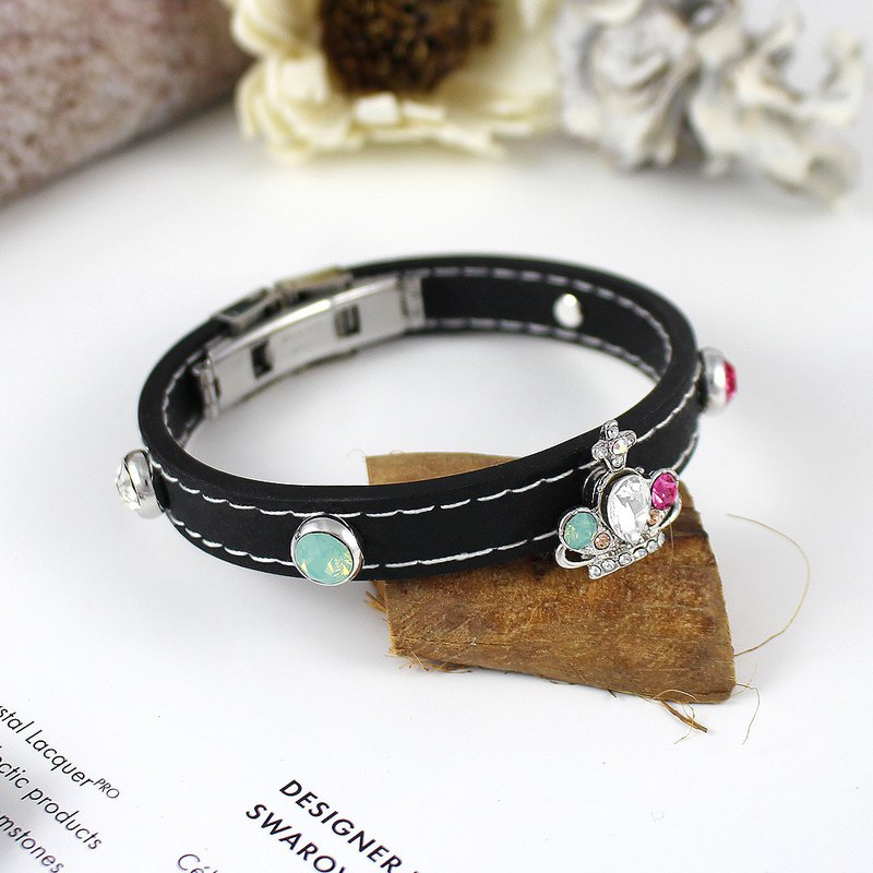 Romantic crown / natural rubber bracelet Swarovski crystal elements