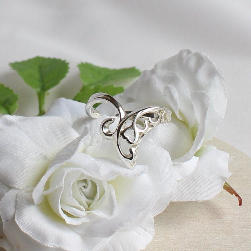 Silver ring of heart, moon and butterfly can be adjusted free type