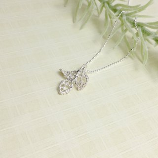 Hollow lace leaf necklace hand made silver silver 925 lace leaf