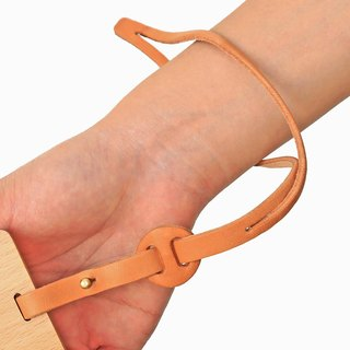 Hand hanging short belt