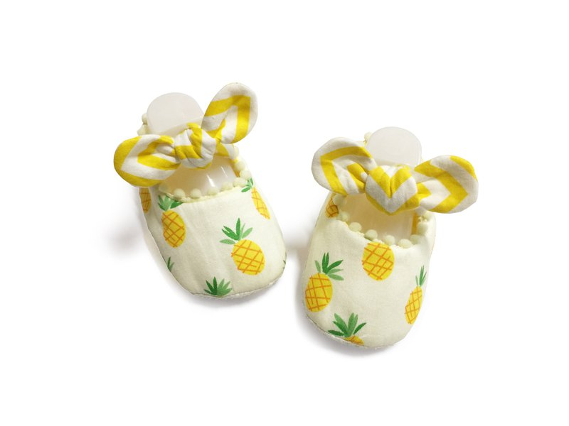 Handmade baby shoes - pineapple doll shoes