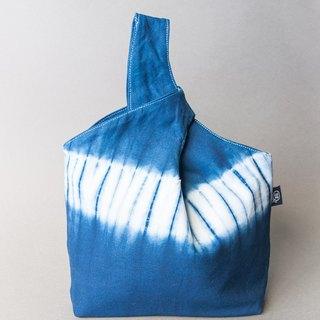 Simple blue dye handbag - blue and white stripe wind