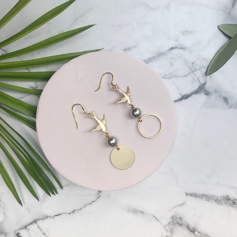 YUNSUO-original design-Asymmetric earrings clips with pearl and gold plated