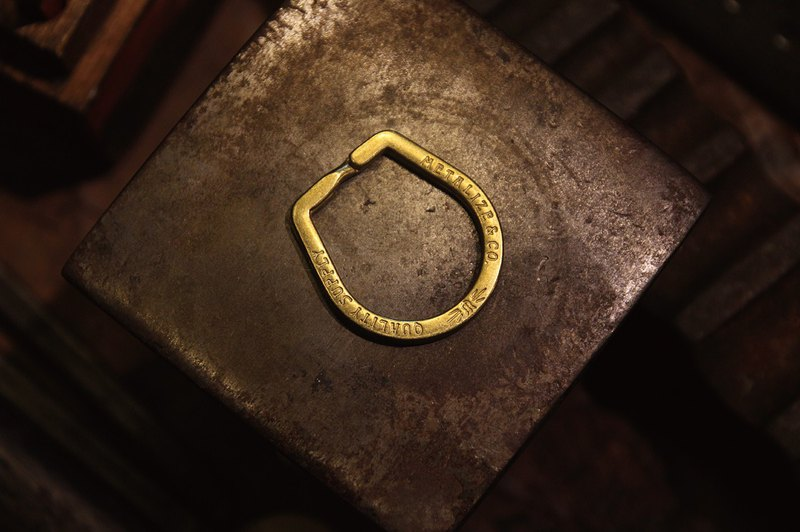 【METALIZE】METALIZE hoof brass double ring