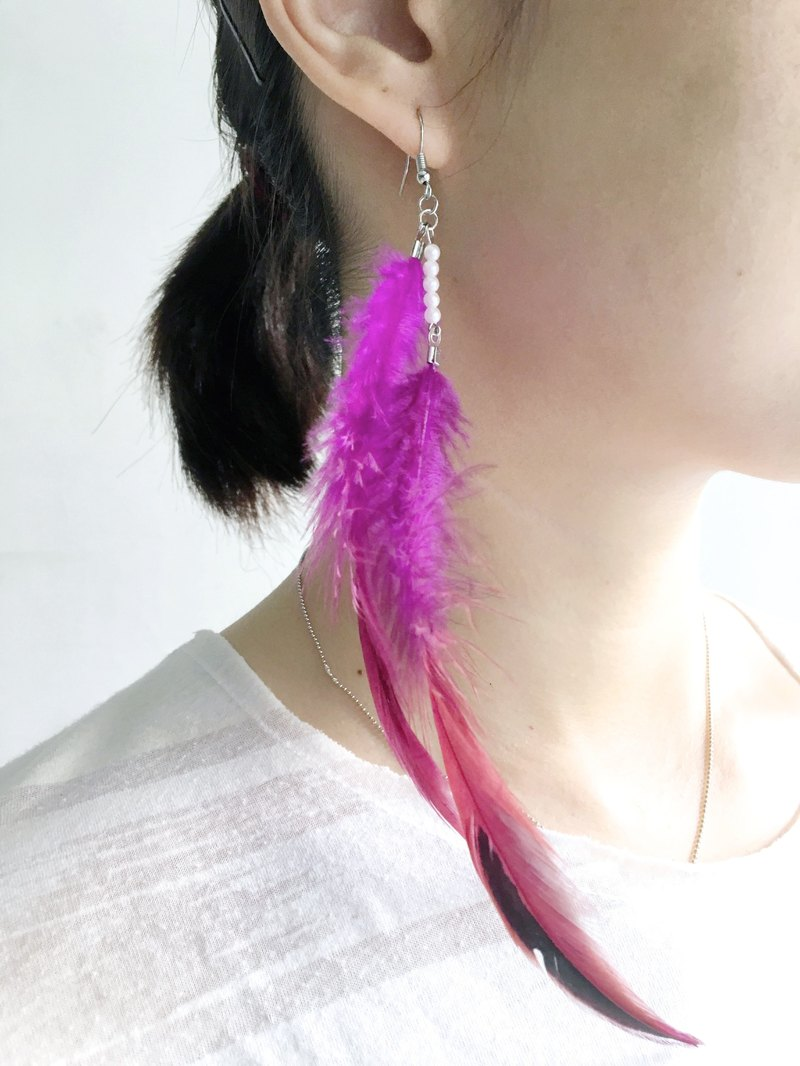 Portobello Market Treasure Hunt - purple plume feather earrings ear hooks