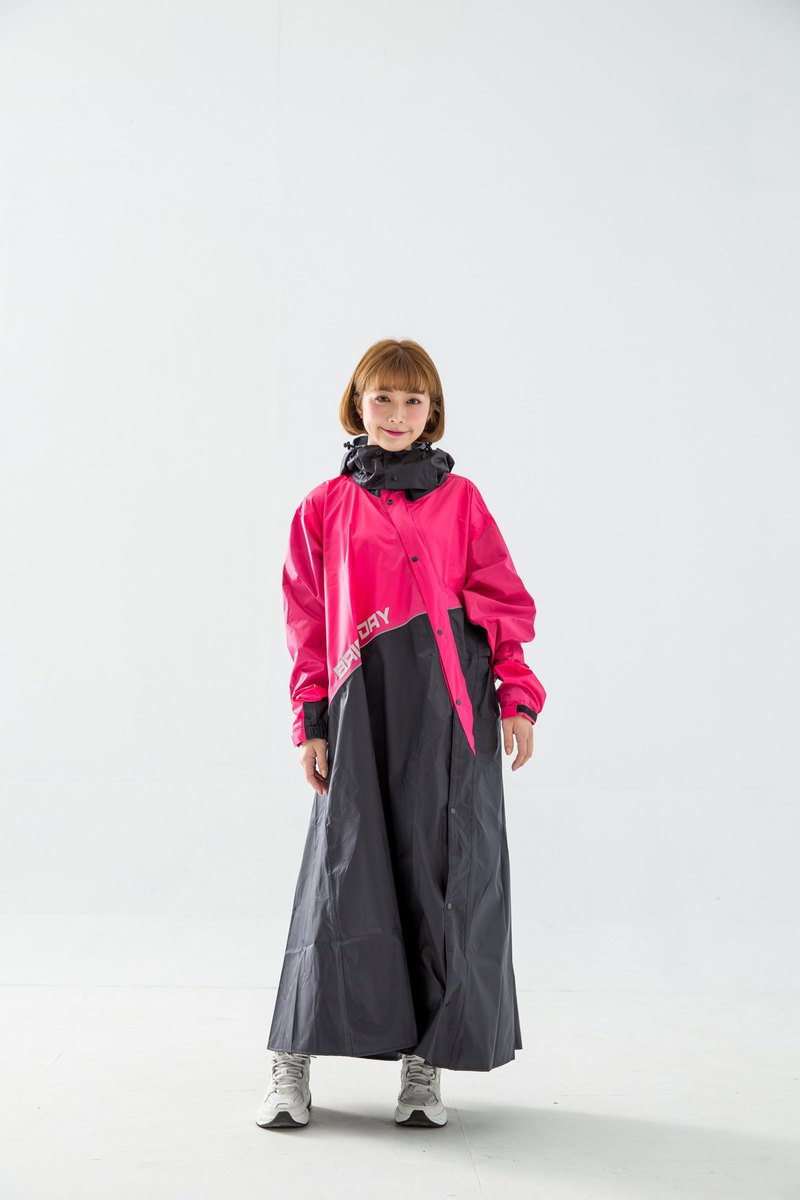 Terminator slanted patented one-piece raincoat - pink