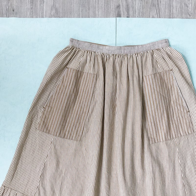... {Acorn girls :: vintage half skirts} milk tea double pocket stripes long skirt