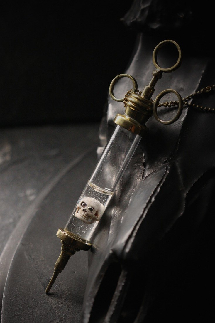 Syringe with Skull Necklace by Defy/Hand - Painting Version.