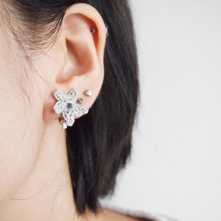 Handmade gray lace line star ear clip BE071
