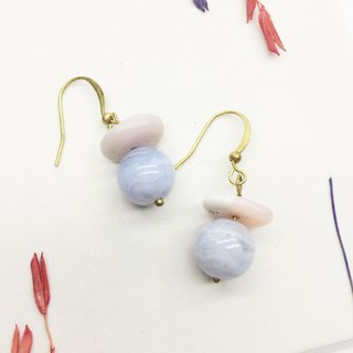 Old forest groceries l natural stone series blue agate / brass / pink Orbore hook l ear pin l ear clip