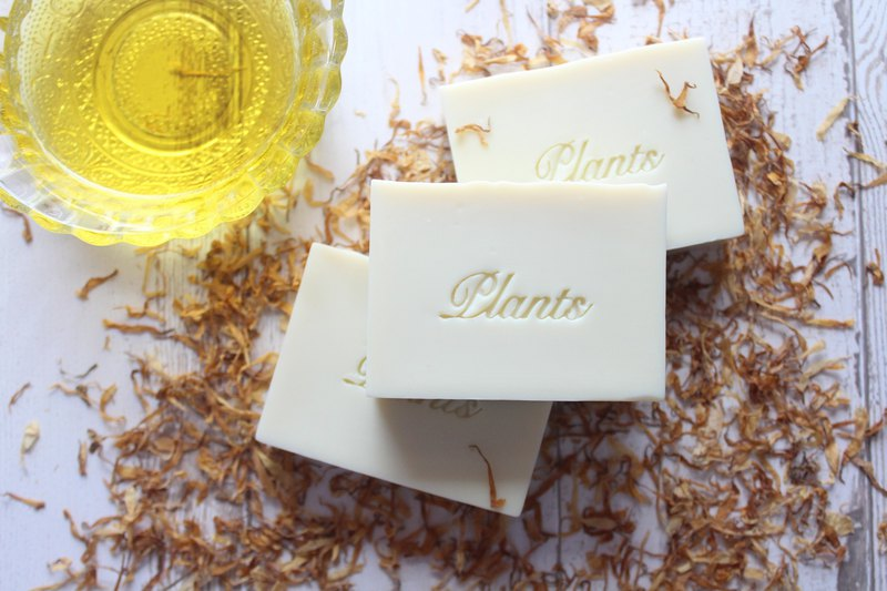 100% gold cold pressed olive soap I low-sensitivity series I fragrance-free I grandmother soap I dry skin