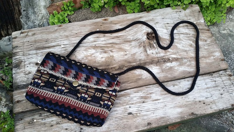 AMIN'S SHINY WORLD custom handmade ethnic geometric waves Seagull Bag buckle cover