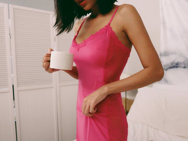 Side lace hollow design elastic nightdress, peach powder