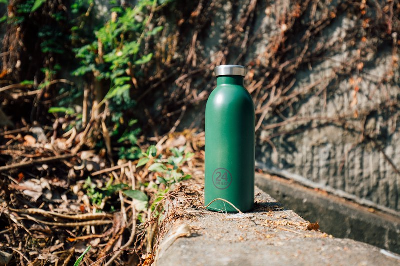 Italy 24Bottles [CLIMA hot and cold insulation series] if leaf green - 500ml stainless steel bottle