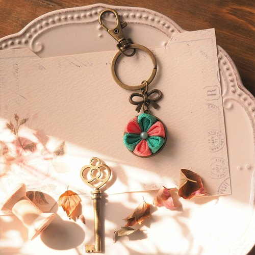 [Gift] retro time zu ma late fine wind handmade cloth flower key chain