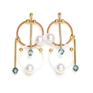 cosmos-beige: white beads earrings, earrings