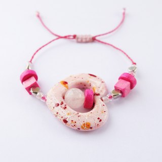 Pink painted heart with pink beads string bracelet