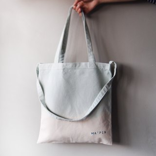 Three generations of New Tot Gradient Alice Blue / Long Strap Cotton Cotton Hand Dye Totes