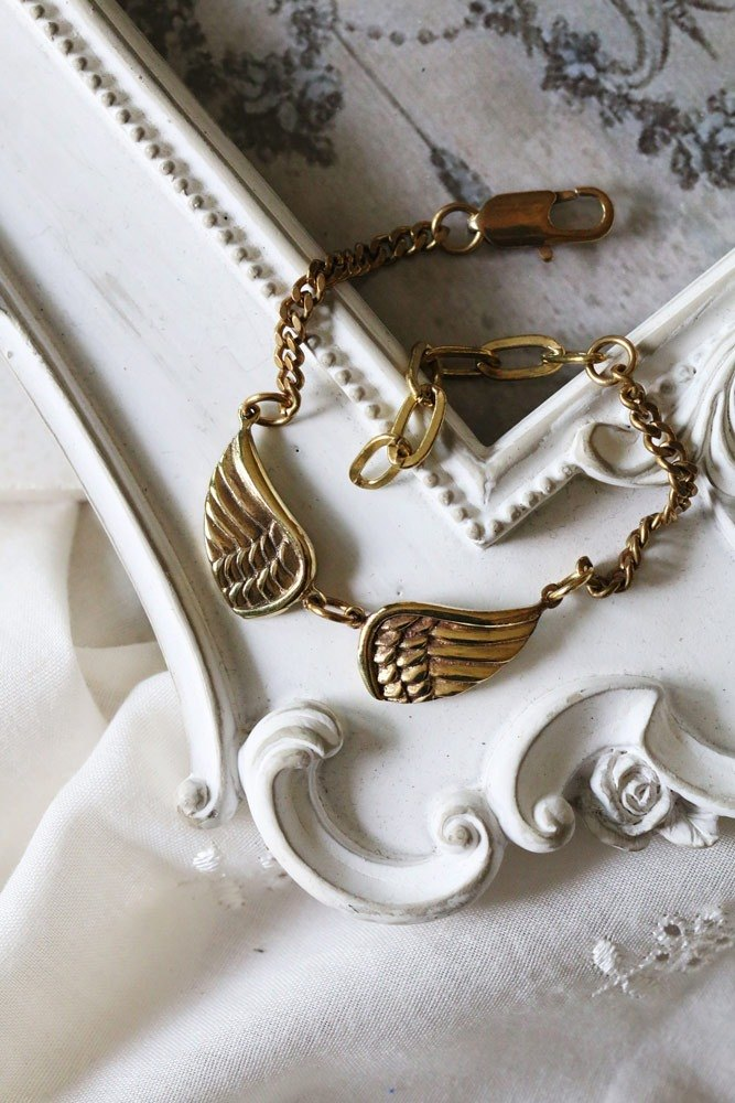 Double wings Chain Bracelet / Linen Jewelry / Wings Bracelet