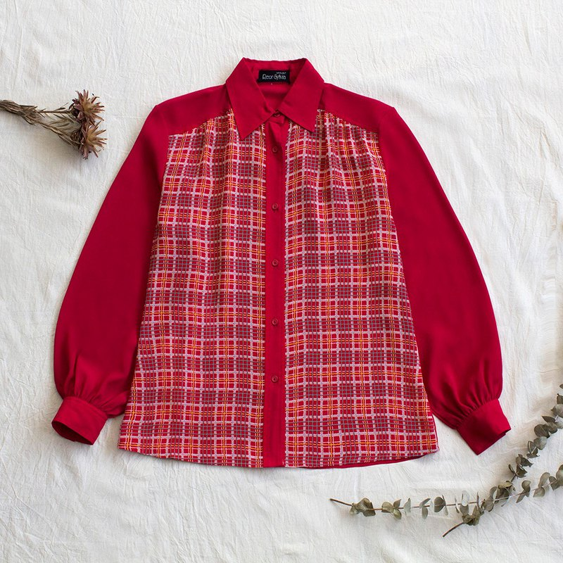 Positive red plaid vintage long sleeve shirt