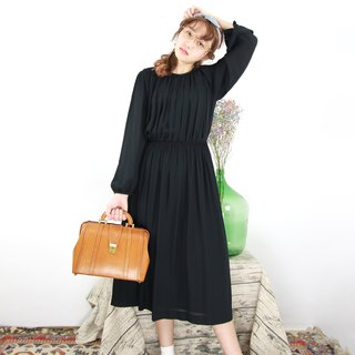 Back to Green:: Puff Sleeve Vintage Dress (D-09)