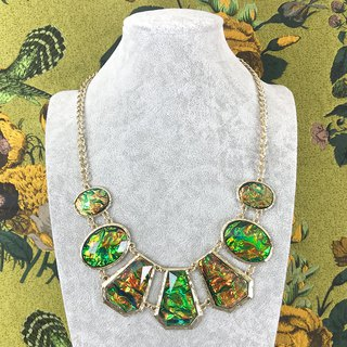Gorgeous Shiny Peacock Antique Necklace BKA105