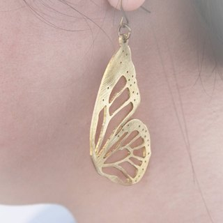 Butterfly Earrings / Linen Jewelry / Golden Butterfly Earrings.