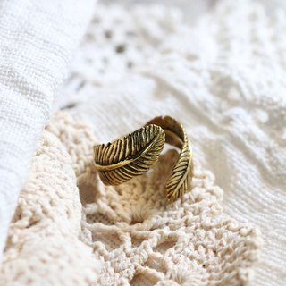 Feather Ring / Linen Jewelry / Brass Jewelry / Designed Jewelry / Classic Ring / Lucky Ring / Everyday Jewelry.