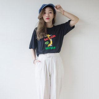 Banana cat. Banana Cats Ultra-comfortable Vietnam Embroidered Vintage T-shirt