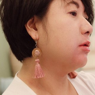 Wood earring ( Chinese Narcissus Flowers )
