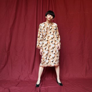 Pumpkin Vintage. Ancient printed chiffon dress