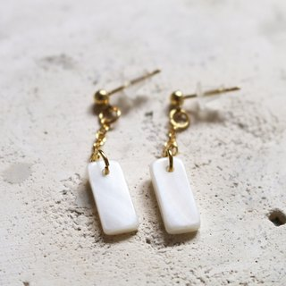 // rectangular shell earrings / ve010