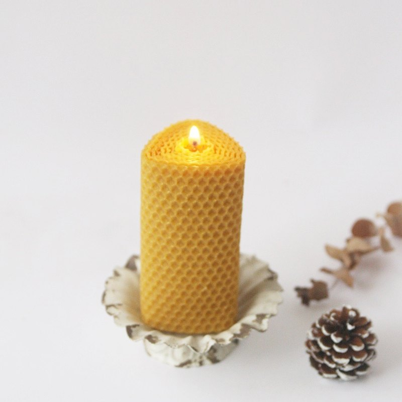 4th Floor Apartment - Felt Essential Oil Beeswax Candle - Medium Triangle Roll