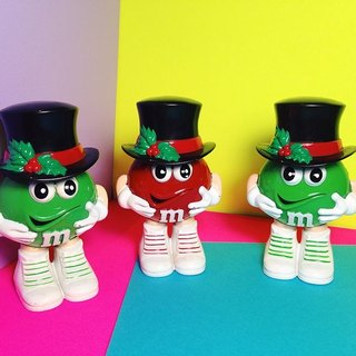 M & M chocolate pots - old gentleman hat // Toys