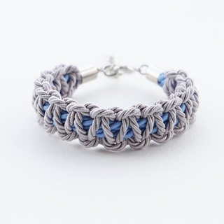 Light gray / Matte cornflower blue macrame bracelet