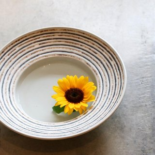 Izumo land rim stripe big bowl (white glaze)