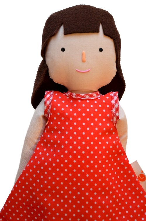洋娃娃  / Girl doll / Rag doll of a Girl / Handmade / Light Tan skin doll