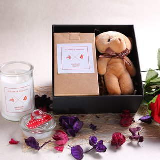 Soy fragrance candle / Love cute fluffy teddy bear gift birthday Valentine's Day gift